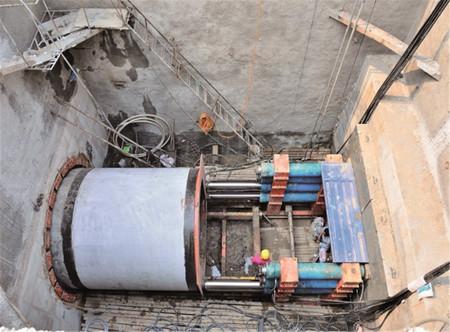 北京温榆河输水管线穿越首都机场高速顶管工程